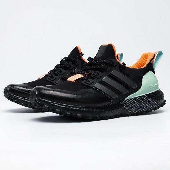 آدیداس الترابوست زنانه Adidas Ultraboost